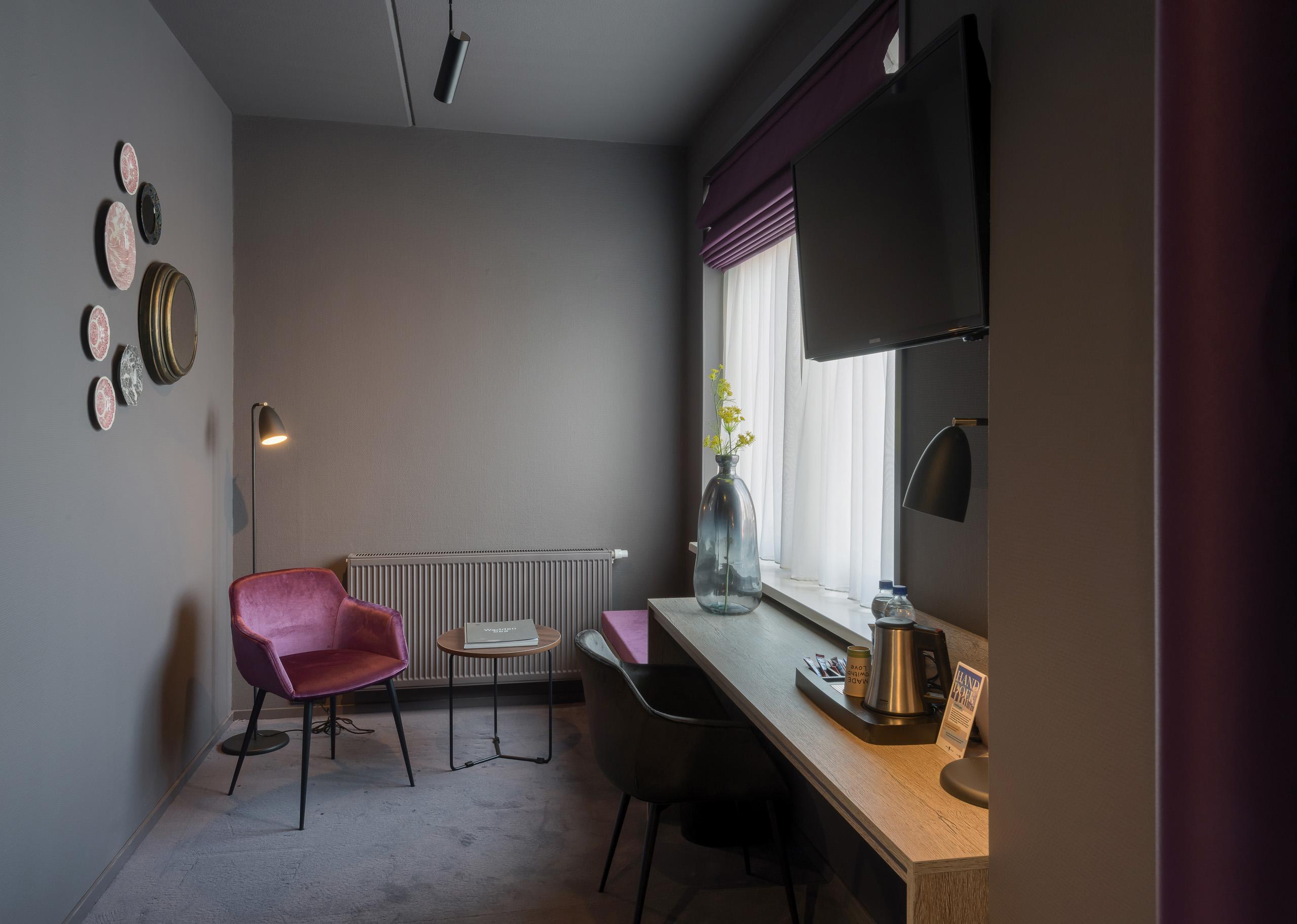 Hotel Prins Hendrik interieur door E.S.T.I.D.A